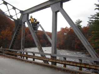 Fall 2009 Bridge Inspection Utilizing the Bridge Tracker
